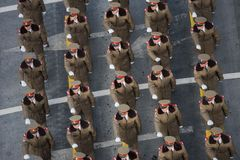 Στρατιωτική παρέλαση που γιορτάζει τη εθνική μέρα της Ρουμανίας στοκ φωτογραφία