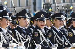 Στρατιωτική παρέλαση προς τιμή την ημέρα του υπερασπιστή της Ουκρανίας στοκ φωτογραφίες