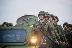 Στρατιωτική παρέλαση σε ΒΕΛΙΓΡΑΔΙ Στοκ φωτογραφίες με δικαίωμα ελεύθερης χρήσης