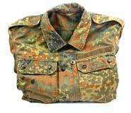 Στρατιωτική στολή που απομονώνεται Στοκ εικόνα με δικαίωμα ελεύθερης χρήσης