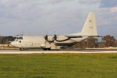 Στρατιωτική turboprop φορτίου επένδυση για την απογείωση Στοκ εικόνα με δικαίωμα ελεύθερης χρήσης