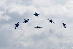 Στρατιωτικοί μαχητές SU-27 αέρα Στοκ φωτογραφία με δικαίωμα ελεύθερης χρήσης