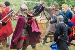 Στρατιωτικός-ιστορική αναδημιουργία ` που στέκεται στον ποταμό Ugra ` στην περιοχή Kaluga της Ρωσίας στοκ εικόνα
