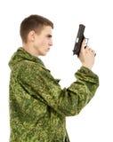 Στρατιωτικός με το πυροβόλο όπλο στοκ φωτογραφία με δικαίωμα ελεύθερης χρήσης