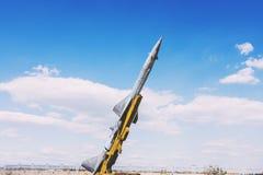 Στρατιωτικός πύραυλος στη στάση στοκ φωτογραφίες