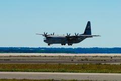 στρατιωτικό αεροπλάνο 130 γ στοκ φωτογραφίες