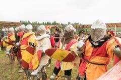 Στρατιωτικό και ιστορικό φεστιβάλ αναδημιουργία Ιππότης Στοκ φωτογραφία με δικαίωμα ελεύθερης χρήσης