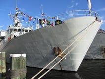 στρατιωτικό πολεμικό λευκό σκαφών στοκ φωτογραφία