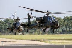 Στρατιωτικό AH64 επιθετικό ελικόπτερο Apache Στοκ Εικόνα