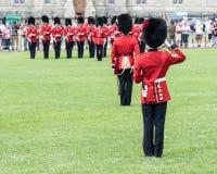 Στρατιώτες στην αλλαγή της φρουράς στον Καναδά στοκ εικόνα με δικαίωμα ελεύθερης χρήσης