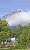 Στρατοπέδευση, θέση για κατασκήνωση στο βουνό. Στοκ Φωτογραφία