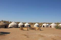 Στρατόπεδο Yurt τουριστών στην έρημο Στοκ Εικόνες
