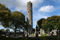 Στρογγυλός πύργος του monasterboice, Ιρλανδία Στοκ Εικόνες
