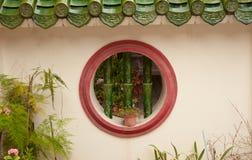 στρογγυλό παράθυρο τοίχων Στοκ φωτογραφίες με δικαίωμα ελεύθερης χρήσης