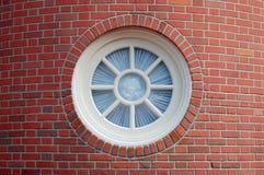 στρογγυλό παράθυρο Στοκ εικόνες με δικαίωμα ελεύθερης χρήσης
