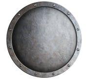 Στρογγυλή μεσαιωνική ασπίδα μετάλλων που απομονώνεται στοκ εικόνες