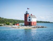 Στρογγυλός φάρος νησιών Στοκ φωτογραφία με δικαίωμα ελεύθερης χρήσης