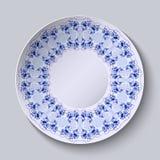 Στρογγυλό πιάτο με τη ζωγραφική λουλουδιών Τυποποιημένο Gzhel διανυσματική απεικόνιση