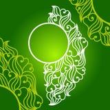 Στρογγυλό πλαίσιο με τα αφηρημένες φύλλα και τις καρδιές Στοκ εικόνα με δικαίωμα ελεύθερης χρήσης