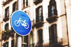 Στρογγυλό σημάδι παρόδων ποδηλάτων Στοκ φωτογραφία με δικαίωμα ελεύθερης χρήσης