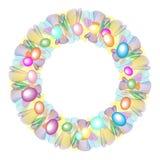 Στρογγυλό στεφάνι Πάσχας με τα χρωματισμένα αυγά Στοκ Εικόνες