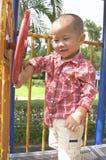 Στροφή μικρών παιδιών η ρόδα Στοκ εικόνες με δικαίωμα ελεύθερης χρήσης