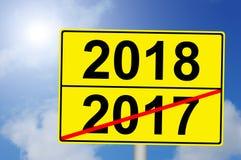 Στροφή του έτους 2017 ως 2018 με το υπόβαθρο ουρανού Στοκ Φωτογραφίες