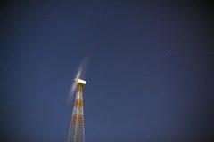 Στρόβιλοι ανεμόμυλων τη νύχτα Στοκ Φωτογραφία