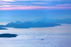 Στρώματα του βουνού στην αδριατική θάλασσα Ηλιοβασίλεμα dubrovnik Κροατία Στοκ φωτογραφία με δικαίωμα ελεύθερης χρήσης