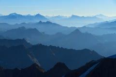 Στρώματα των βουνών Στοκ Φωτογραφία