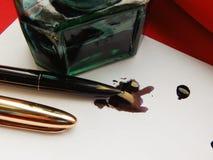 Στυλός και μελάνι Στοκ εικόνα με δικαίωμα ελεύθερης χρήσης