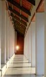 Στυλοβάτης εκκλησιών μέσα του ναού Wat Suthattepwararam Στοκ φωτογραφία με δικαίωμα ελεύθερης χρήσης