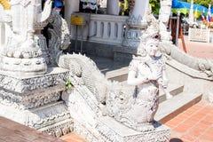 Στυλοβάτης κεντρικών πόλεων ναών Muang Ming, άγαλμα φιδιών Στοκ Φωτογραφίες
