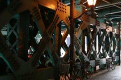 Στυλοβάτης σιδήρου της γέφυρας Στοκ φωτογραφία με δικαίωμα ελεύθερης χρήσης