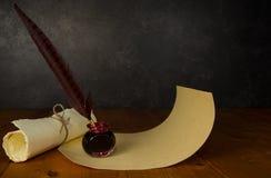 Στυλός και μελάνι φτερών Στοκ Φωτογραφία