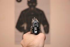 Στόχος και πυροβόλο όπλο Στοκ φωτογραφίες με δικαίωμα ελεύθερης χρήσης