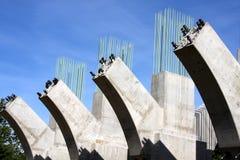 συγκεκριμένες υποστηρίξεις γεφυρών Στοκ φωτογραφία με δικαίωμα ελεύθερης χρήσης