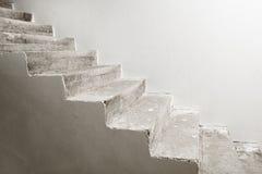 Συγκεκριμένη σκάλα κάτω από την κατασκευή Στοκ Φωτογραφίες