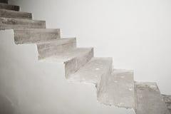 Συγκεκριμένη σκάλα κάτω από την κατασκευή Στοκ φωτογραφίες με δικαίωμα ελεύθερης χρήσης