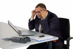 Συγκεντρωμένος ώριμος επιχειρηματίας στοκ εικόνες