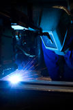 συγκόλληση χειριστών μηχ&a Στοκ εικόνα με δικαίωμα ελεύθερης χρήσης