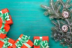 Συγχαρητήρια Χαρούμενα Χριστούγεννα καρτών και νέο έτος στοκ εικόνες με δικαίωμα ελεύθερης χρήσης