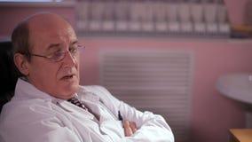 Συζητήσεις γιατρών για τη διάγνωση απόθεμα βίντεο