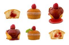 Συλλογή του σμέουρου cupcakes με τη μαρμελάδα που απομονώνεται στο άσπρο υπόβαθρο Στοκ φωτογραφία με δικαίωμα ελεύθερης χρήσης