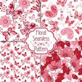 Συλλογή του floral άνευ ραφής σχεδίου με τις διακοσμητικές καρδιές και Στοκ Εικόνες