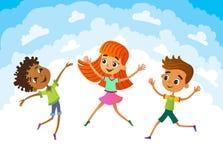 Συλλογή των ευτυχών παιδιών στις διαφορετικές θέσεις ελεύθερη απεικόνιση δικαιώματος