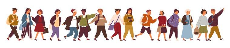 Συλλογή των παιδιών, των μαθητών ή των σπουδαστών που πηγαίνουν σε στοιχειώδη ή το Γυμνάσιο Δέσμη των παιδιών που περπατούν κάτω  απεικόνιση αποθεμάτων