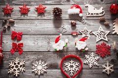Συλλογή Χριστουγέννων στο παλαιό ξύλινο υπόβαθρο Στοκ φωτογραφία με δικαίωμα ελεύθερης χρήσης