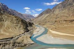 Συμβολή Zanskar και των ποταμός Indus Στοκ φωτογραφία με δικαίωμα ελεύθερης χρήσης