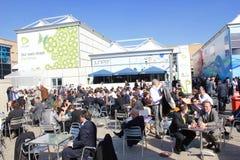 Συμμετέχοντες στο παγκόσμιο κινητό συνέδριο στη Βαρκελώνη στοκ φωτογραφία με δικαίωμα ελεύθερης χρήσης